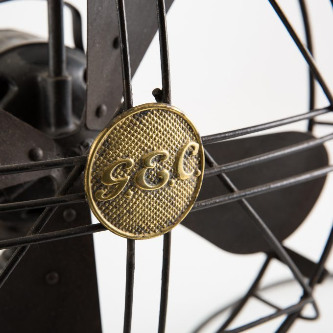 Vintage 1942 General Electric Company war finish adjustable desk fan